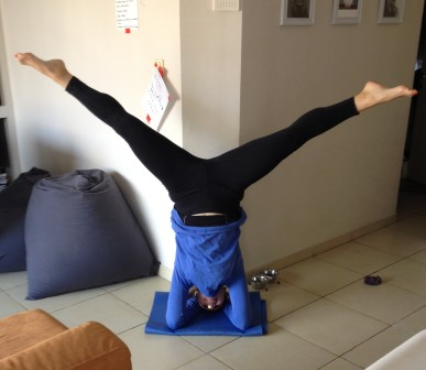 wide headstand